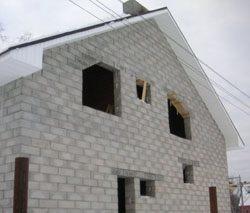 Качественный и недорогой дом из пеноблоков, кирпича, бруса в городе Самара, можно заказать в нашей компании профессиональных строителей СтройСервисНК